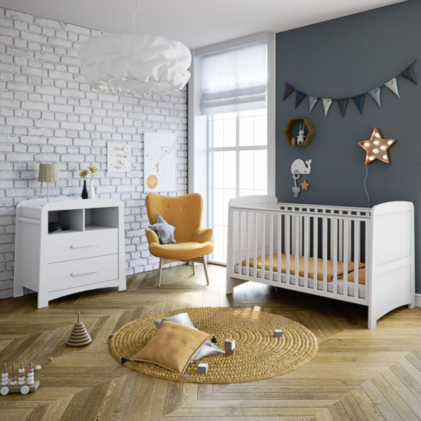 Mothercare Little Acorns Somerton Cot Bed 3 Piece Nursery Furniture Set with Deluxe Cot Bed + Dresser + Foam Mattress - White
