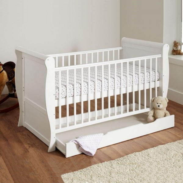 4Baby 3 in 1 Sleigh Cot Bed With Deluxe Foam Mattress - White