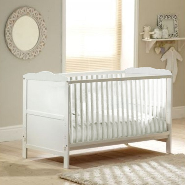 4Baby Classic Cot Bed With Luxury Foam Mattress - White